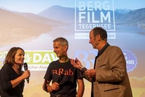 Babsi Zangerl und Regisseur Malte Roeper im Gespräch mit Michael Pause, Festivaldirektor.