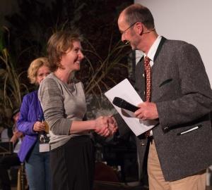 "Amy Benson - ""Drawing the Tiger"" - bester Film in der Kategorie 'Lebensraum Berg' - bei der Preisverleihung, Michael Pause. (Foto: Thomas Plettenberg)"