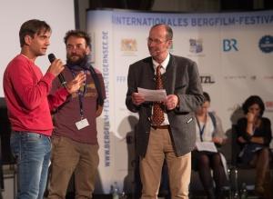 """Gewinner des Großen Preises der Stadt Tegernsee mit """"Verso l'ignoto"""", Daniele Nardi und Federico Santini im Gespräch mit Michael Pause. (Foto: Thomas Plettenberg)"""