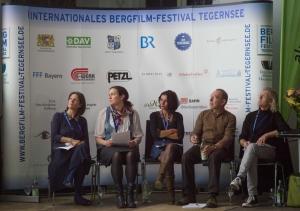 Die Jury (von links): Ingrid Runggaldier (Italien), Carla Braun-Elwert (Neuseeland), Lisa Röösli (Schweiz), Dr. Peter-Hugo Scholz (Deutschland), Adi Stocker (Österreich) (Foto: Thomas Plettenberg)