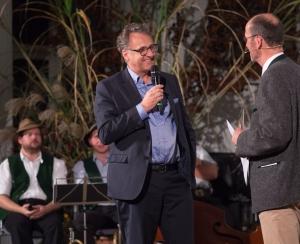 Dr. Stephan Guggenbichler - Stifter des Preises für den Dr.-Otto-Guggenbichler-Nachwuchspreis - mit Michael Pause. (Foto: Thomas Plettenberg)