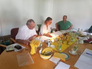 Vorauswahl 2017 bei der Arbeit: (v.li.) Heino Brunner, Manja Evers, Michael Pause